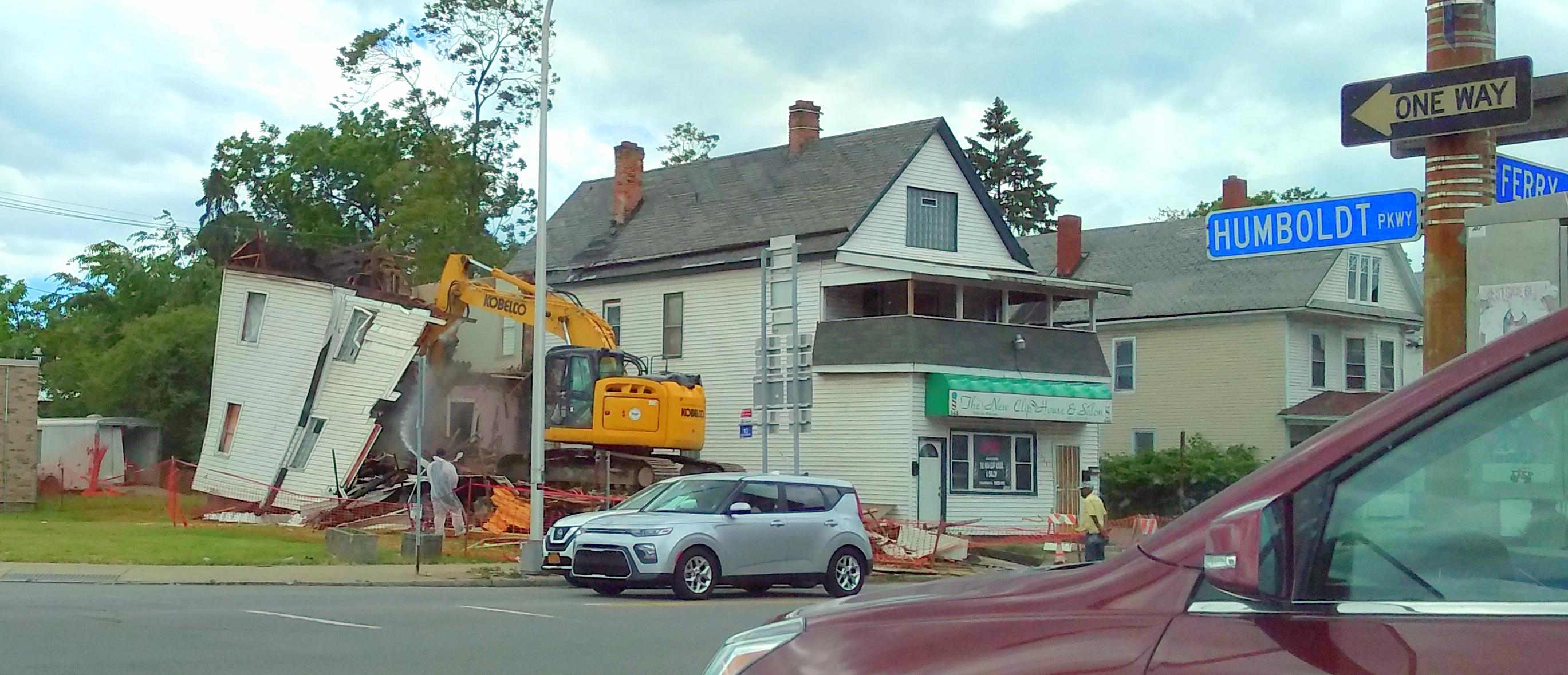 545 East Ferry Street